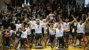 Tekerlekli Sandalyede derbi Beşiktaşın