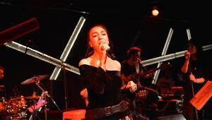 İstanbulun yeni sanat merkezi Leman Sam konseriyle kapılarını açtı