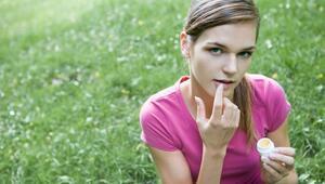 Kozmetik ürünü alırken bu maddelerden uzak durun