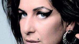 Amy Winehouse'un dünyaca ünlü tribute sanatçısı Türkiye'ye geliyor