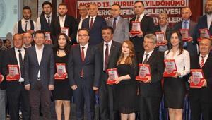 Bakan Zeybekci: CHPliler evet oyu verip partilerini kurtarsın (2)