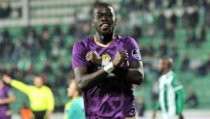 Aminu Umar: Süper Ligde oynamaktan çok mutluyum