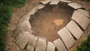 Amazon ormanlarında yaşayan sıra dışı kabile: Yanomamiler