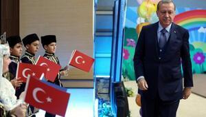 Çocuklara seslenen Erdoğan: Heyecanlıyım, coşkuluyum kendimi genç hissediyorum adeta gençlik iksiri aşılıyorsunuz