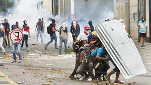 Venezuela karıştı