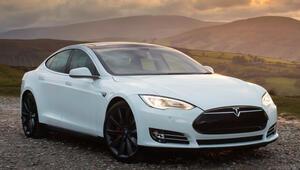 Tesla binlerce otomobilini geri çağırıyor