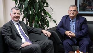 İngiliz Büyükelçi Moore: İngiliz vatandaşlarının Türkiyeye gelmesini destekliyoruz
