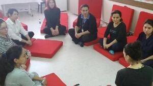Gebelere hastanede yoga