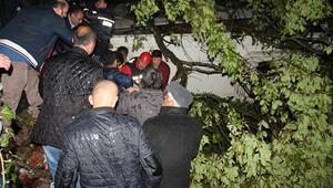 Zonguldak'ta midibüs şarampole uçtu: 10 ölü, 16 yaralı