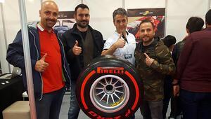 Gerçek Formula 1 lastikleri İstanbul Autoshowda