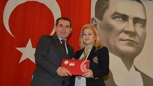 Dursun Özbek krizi Beşiktaşlı eşini...