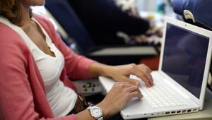 İstanbul uçuşunda laptopu çalınan kadın hırsıza böyle seslendi