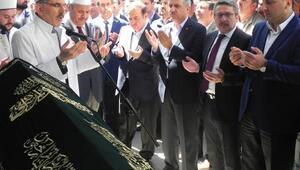 Yerel yöneticiler AK Parti İlçe Başkanının babasının cenazesinde bir araya geldi