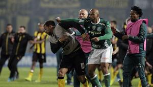 Felipe Meloya 3 maç ceza