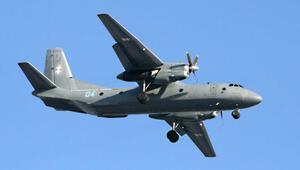 Kübada askeri uçak düştü: 8 ölü