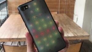 Alcatel A5 LED: Dünyanın ilk LED kapaklı telefonu