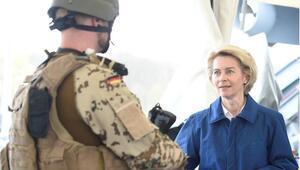 Alman ordusunda aşırı sağcı örgütlenme şüphesi