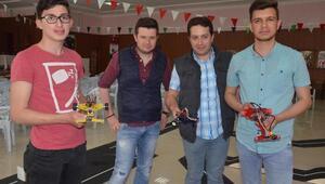Malkaralı öğrenciler, robot yarışmasına katılacak