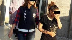 Evden hırsızlık yapan iki kadın tutuklandı