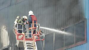 Trabzonda mobilya fabrikası yandı (4)