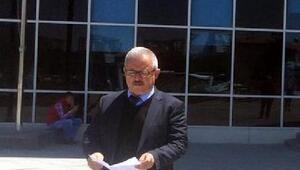 Prof. Dr. Öztürk'ten, Atatürk'e hakarete suç duyurusu