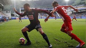 Emreli Deportivo kurtuldu, son düşen Gijon