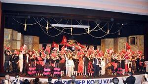 GKVlilerden ingilizce Zorro müzikali