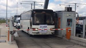 Beşiktaş taraftarı 50 otobüsle Bursa yolunda