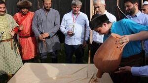 Yüz yıllık ata sporları Sadabad'ta yaşatıldı