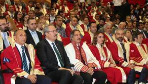 Nevşehir Hacı Bektaş Veli Üniversitesinde Mezuniyet töreni