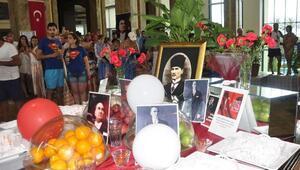 Manavgatta turistler 19 Mayısı kutladı