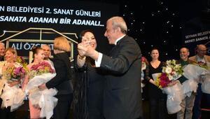 Türkan Şoray ile Ali Özgentürk dans etti