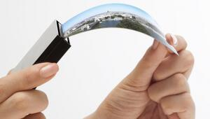 Samsungtan dünyanın ilk esnek OLED ekranı