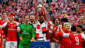 Arsenal, Chelseayi devirip kupayı kaptı