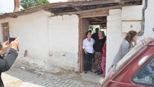 Manisada deprem korkutuyor; halk geceyi çadırlarda geçirdi (3)