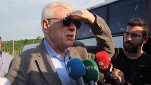 Bursaspor Başkanı Ay: Sahada inşallah galibiyeti alan biz oluruz