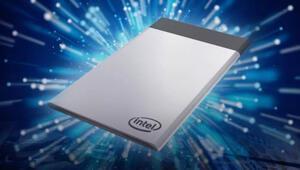 Intelden kredi kartı büyüklüğünde bilgisayar