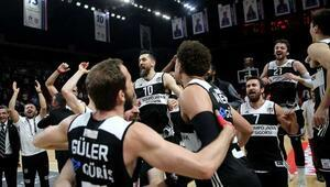 Beşiktaş Anadolu Efesi ezdi Finalde Fenerbahçenin rakibi oldu