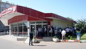 Diyarbakırda ucuz et kuyruğu