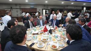 Başkan Yaşar sanayici ve iş adamları ile iftar yaptı