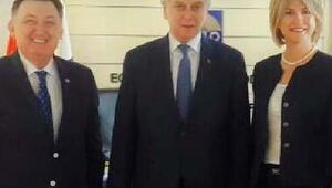 İzmirde yönetim danışmanlığı zirvesi