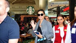 Adriana Lima havalimanına erken geldi, bu kez uçağını kaçırmadı