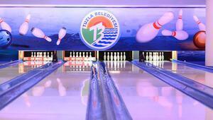 7 liraya buz pateni, 6 liraya bowling