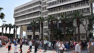 Egedeki 6.2 büyüklüğünde deprem, Türkiyenin batısını sarstı (2)
