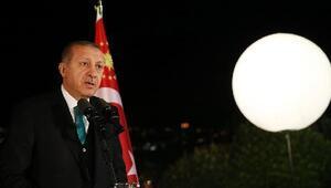 Cumhurbaşkanı Erdoğan sanatçı ve sporculara iftar verdi