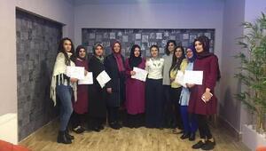 Saray Hanım Evinde 104 hanım daha sertifika aldı