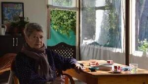 Kadın hareketinin öncü isimlerinden Şirin Tekeli hayatını kaybetti
