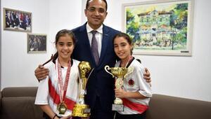 Şampiyon ikizlerinden Başkan Atilaya ziyaret