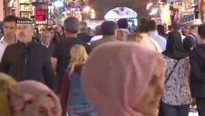 Mısır Çarşısında 'bayram' yoğunluğu başladı
