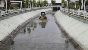 Su kanallarına rutin temizlik